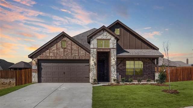 7661 Northumberland Drive, Saginaw, TX 76179 (MLS #14260655) :: The Kimberly Davis Group