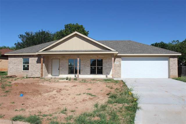 8002 Thompson Parkway, Abilene, TX 79606 (MLS #14274914) :: All Cities USA Realty