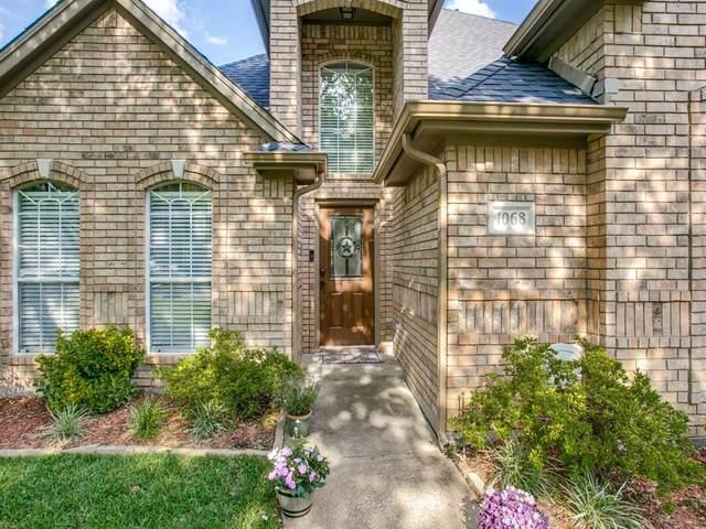1068 Rosewood Drive, Grapevine, TX 76051 (MLS #14343155) :: Team Tiller