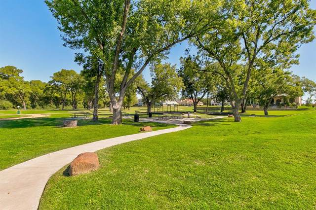 99 Kay Lane, Westworth Village, TX 76114 (MLS #14368730) :: Real Estate By Design
