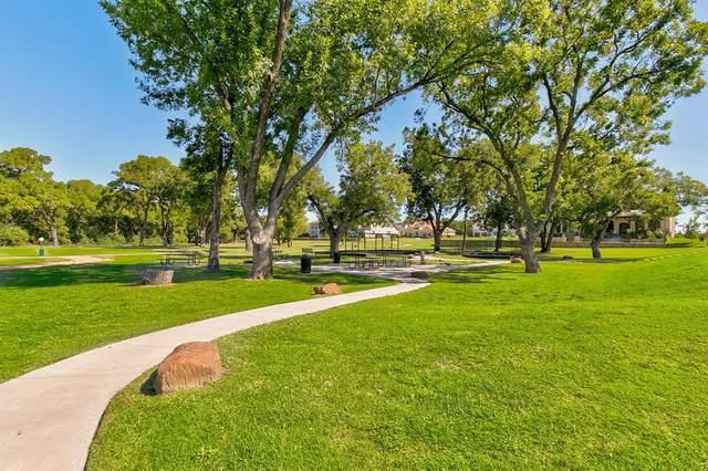 100 Mcnaughton Lane, Westworth Village, TX 76114 (MLS #14373650) :: Real Estate By Design