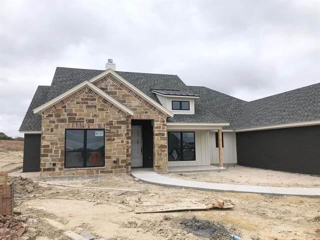 1031 Eagles Bluff, Brock, TX 76087 (MLS #14410924) :: The Paula Jones Team | RE/MAX of Abilene