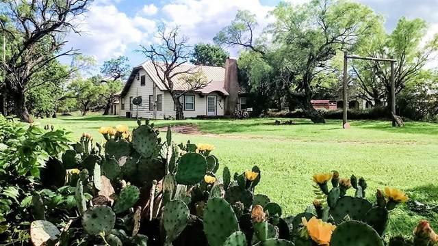 1805 W Walker Street, Breckenridge, TX 76424 (#14557973) :: Homes By Lainie Real Estate Group