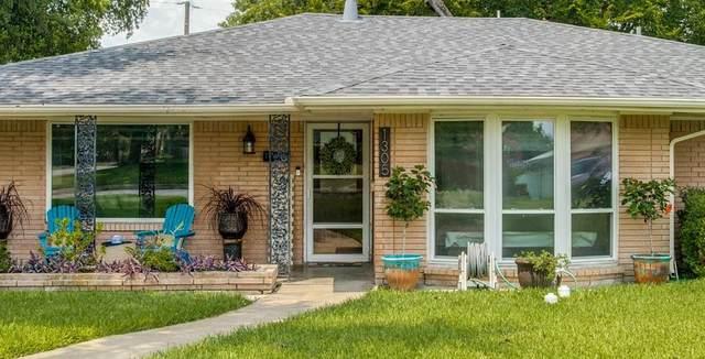 1305 Stevens Ridge Drive, Dallas, TX 75211 (MLS #14629330) :: Real Estate By Design