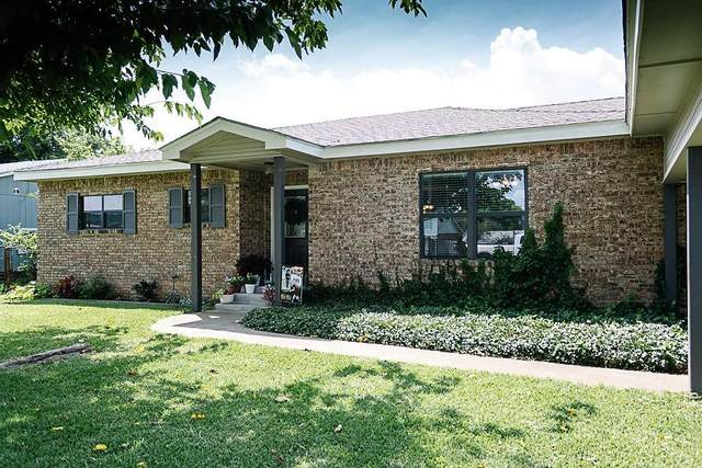 1303 W 12th Street, Cisco, TX 76437 (MLS #14630082) :: Front Real Estate Co.