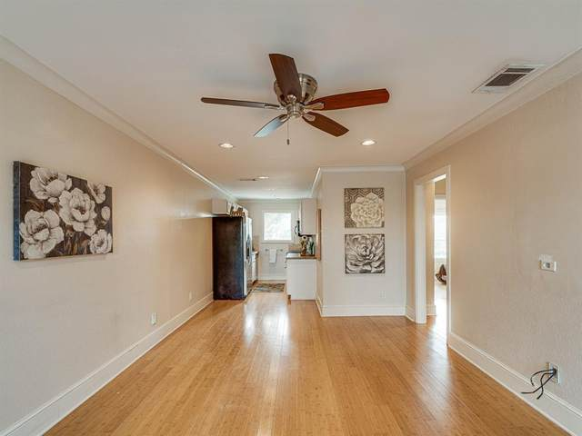 7770 Meadow Road #204, Dallas, TX 75230 (#14631919) :: Homes By Lainie Real Estate Group