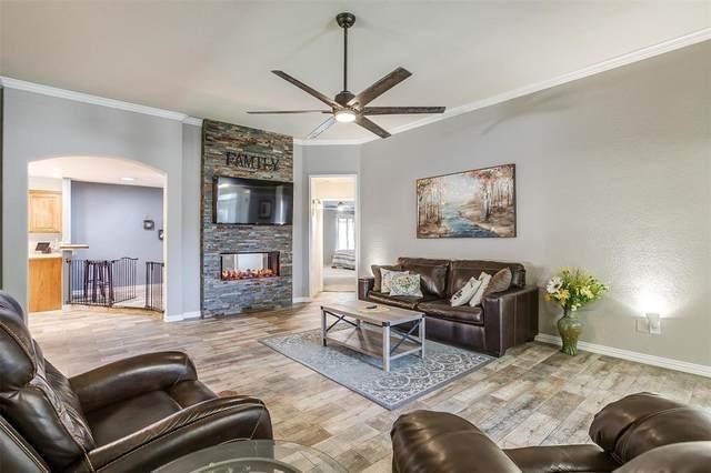 607 Stonegate Boulevard, Alvarado, TX 76009 (MLS #14663175) :: Real Estate By Design