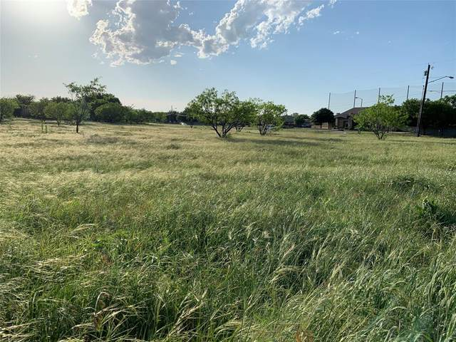 6325 Fairway Oaks Boulevard, Abilene, TX 79606 (MLS #13793955) :: The Mauelshagen Group