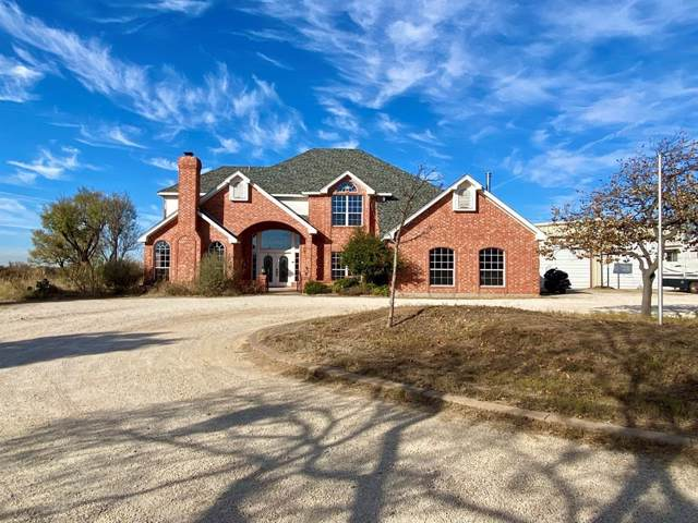 2800 E Lake Road, Abilene, TX 79601 (MLS #14224749) :: The Kimberly Davis Group