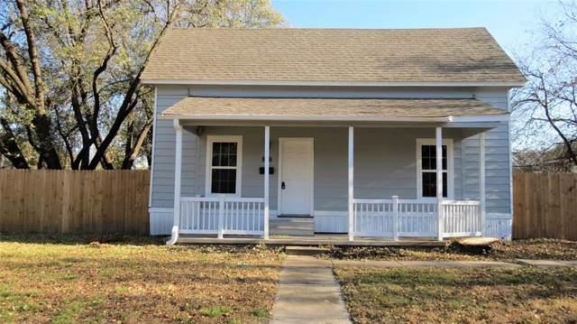 818 Water Street, Waxahachie, TX 75165 (MLS #14228971) :: The Kimberly Davis Group