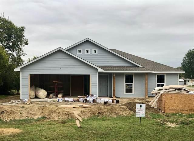 107 Muleta Drive, Oak Point, TX 75068 (MLS #14337516) :: Real Estate By Design