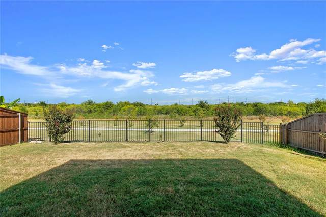 8928 Brook Hill Lane, Fort Worth, TX 76244 (MLS #14415152) :: Team Tiller