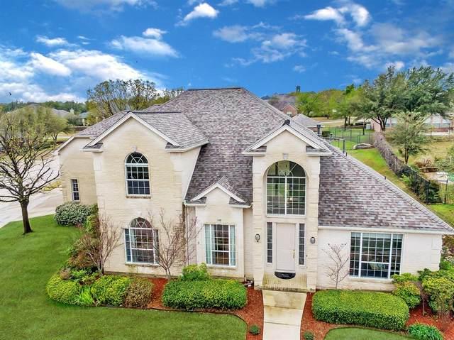 9001 Ranch Bluff Court, Benbrook, TX 76126 (MLS #14461419) :: The Tierny Jordan Network
