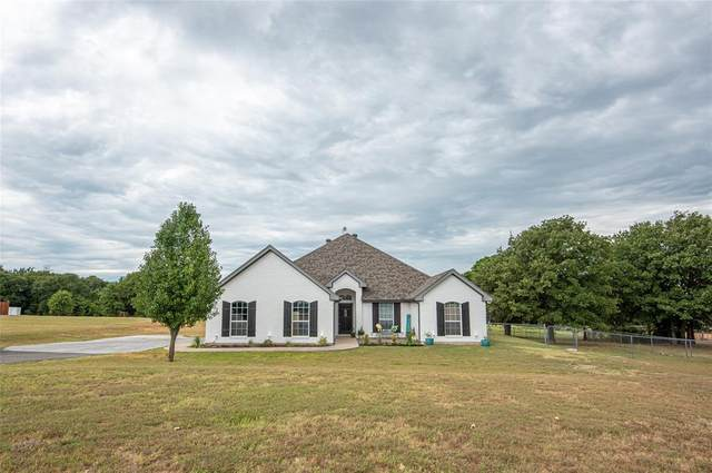 118 Hummingbird Lane, Weatherford, TX 76088 (MLS #14238146) :: The Kimberly Davis Group