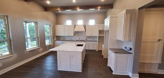 7228 Smith Farm Drive, North Richland Hills, TX 76182 (MLS #14649612) :: Trinity Premier Properties