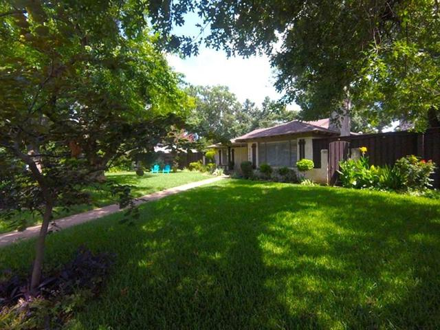 4200 Northcrest Road, Dallas, TX 75229 (MLS #14083559) :: RE/MAX Town & Country