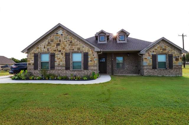 120 Valley Court, Paradise, TX 76073 (MLS #14429641) :: NewHomePrograms.com LLC