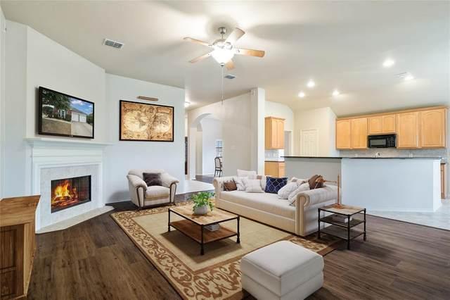 8736 Deepwood Lane, Fort Worth, TX 76123 (MLS #14269890) :: Potts Realty Group