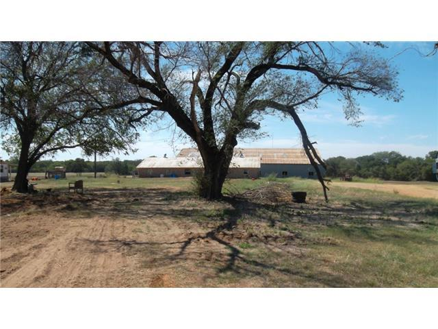 4090 Fm Road 1187, Fort Worth, TX 76028 (MLS #13068725) :: RE/MAX Town & Country