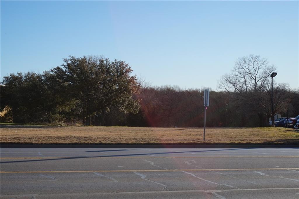 1403 16 Highway - Photo 1