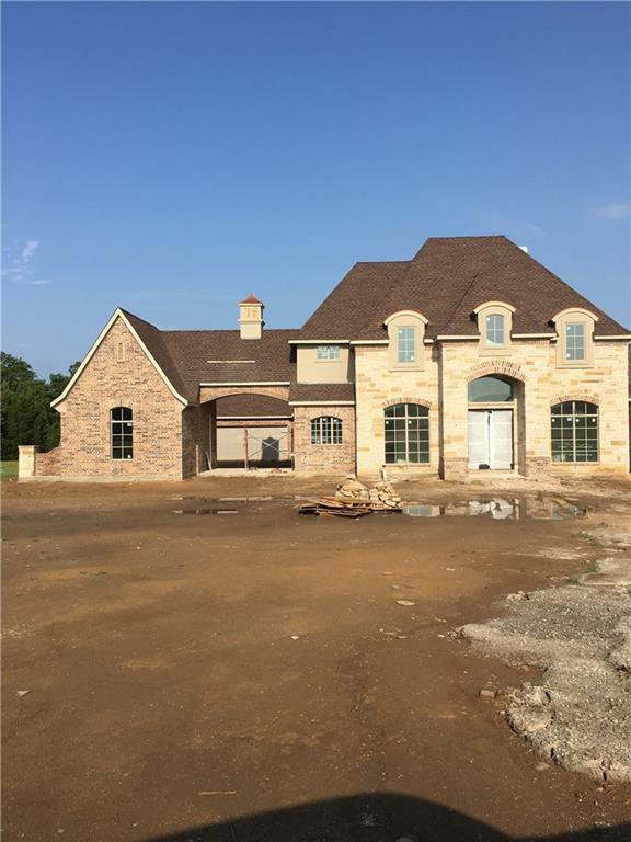 3808 Laurens Place Road, Denton, TX 76210 (MLS #13632497) :: Real Estate By Design