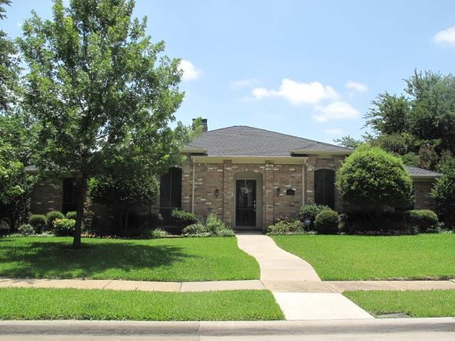 1111 Huntington Drive, Richardson, TX 75080 (MLS #13632937) :: The Good Home Team
