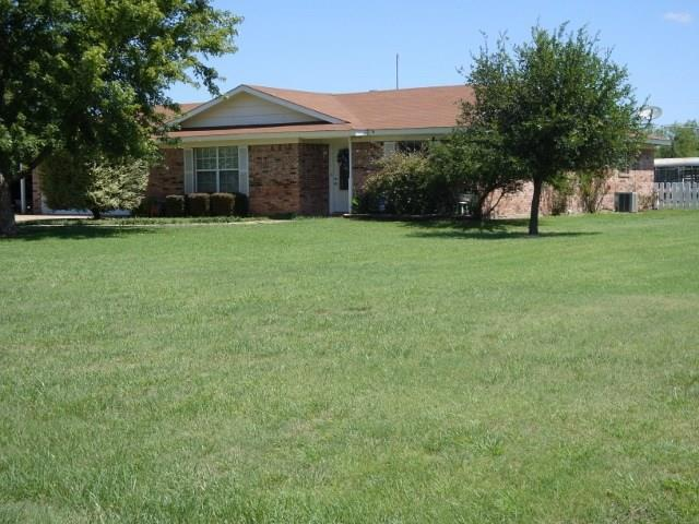 107 Wolf Circle, Graham, TX 76450 (MLS #13642893) :: Team Hodnett