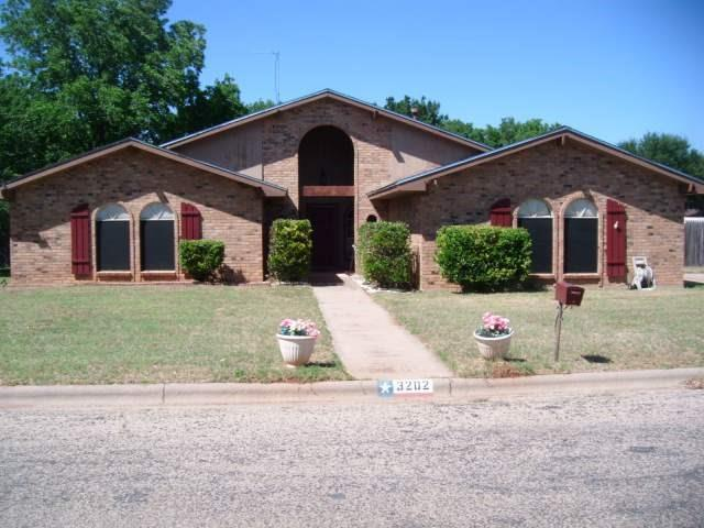 3202 Westchester Drive, Abilene, TX 79606 (MLS #13647466) :: The Tonya Harbin Team