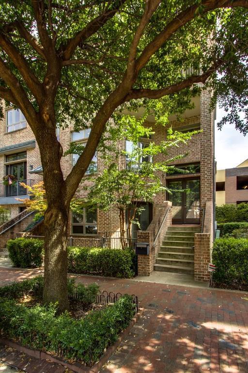 5002 Morris Avenue, Addison, TX 75001 (MLS #13654387) :: Robbins Real Estate