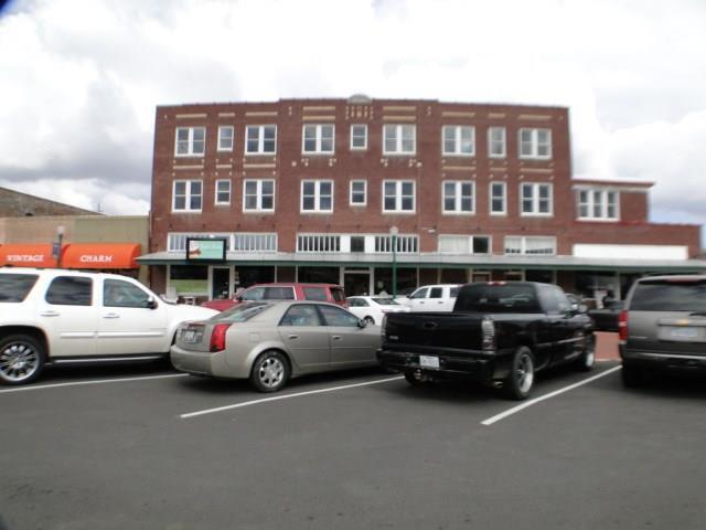 115 E Commerce Street, Mineola, TX 75773 (MLS #13659139) :: Team Hodnett