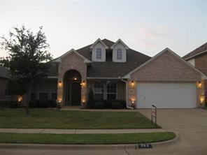 966 Badbury Lane, Grand Prairie, TX 75052 (MLS #13676343) :: Pinnacle Realty Team