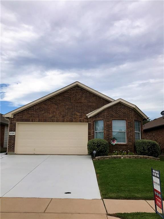 2125 Ingrid Lane, Fort Worth, TX 76131 (MLS #13676371) :: Real Estate By Design
