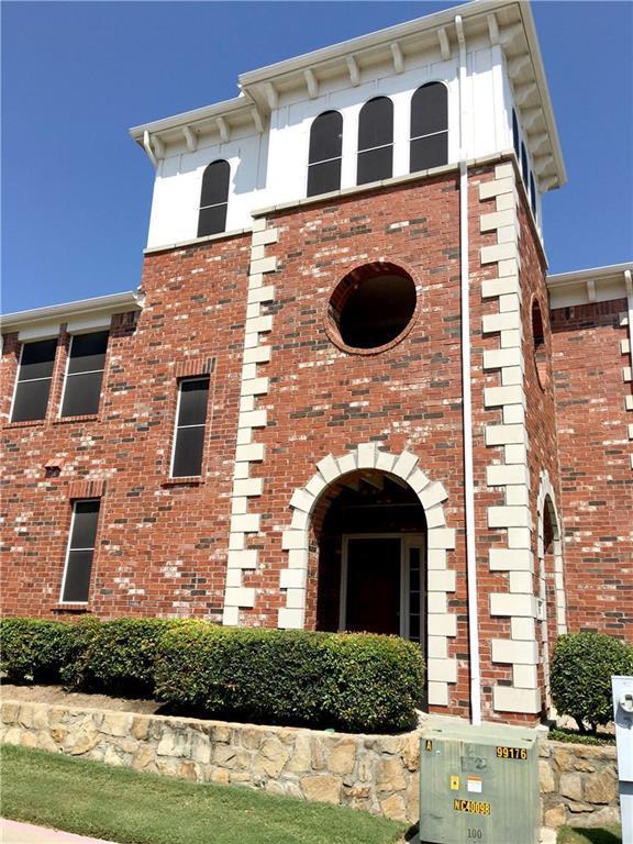 266 Legends Drive, Lewisville, TX 75057 (MLS #13695772) :: Kimberly Davis & Associates