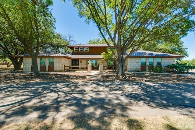 502 County Road 288, Ballinger, TX 76821 (MLS #13697073) :: Team Hodnett