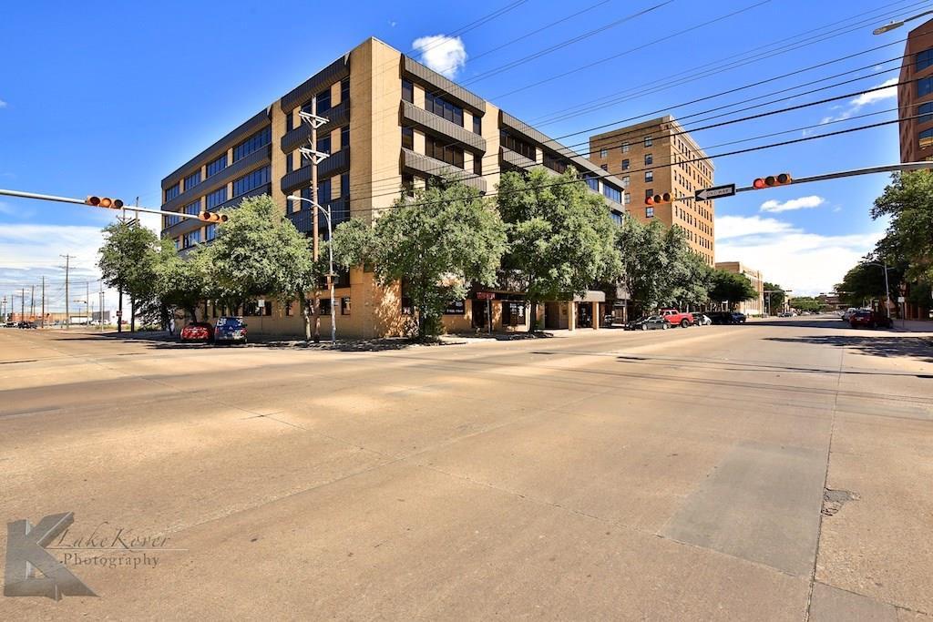451 Pine Street - Photo 1