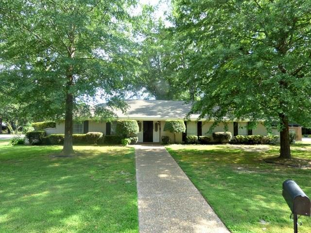 2008 Friendly Avenue, Mount Pleasant, TX 75455 (MLS #13715598) :: Team Hodnett