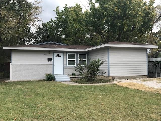 1240 E Robert Street, Fort Worth, TX 76104 (MLS #13716756) :: Team Hodnett