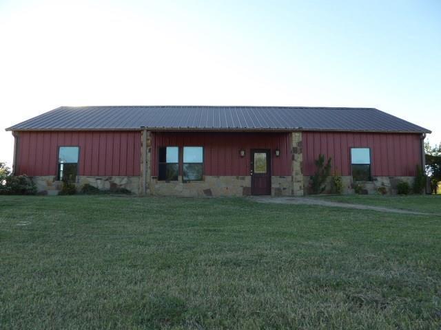 532 County Road 1110, Decatur, TX 76234 (MLS #13717010) :: Frankie Arthur Real Estate