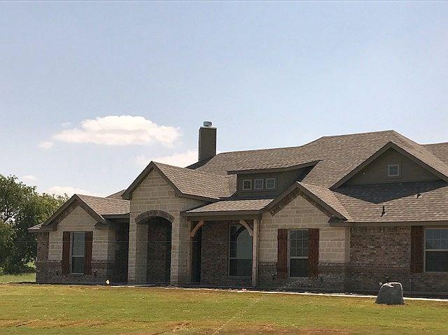7217 Spring Ranch Court, Godley, TX 76044 (MLS #13722384) :: Potts Realty Group