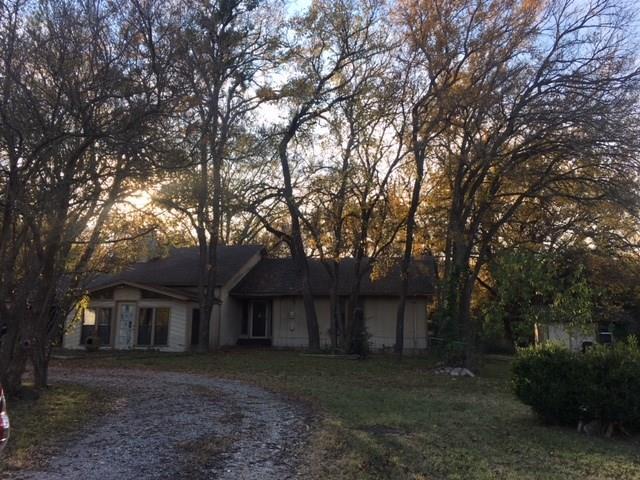 300 Jones Circle, Pottsboro, TX 75076 (MLS #13728389) :: Team Hodnett