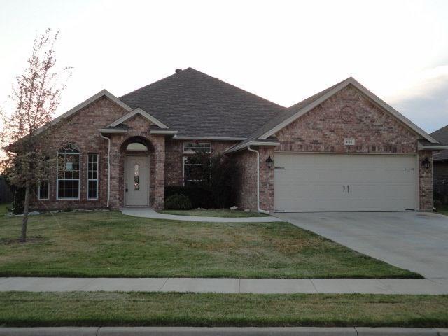 4012 Palomino Drive, Benbrook, TX 76116 (MLS #13730327) :: Potts Realty Group