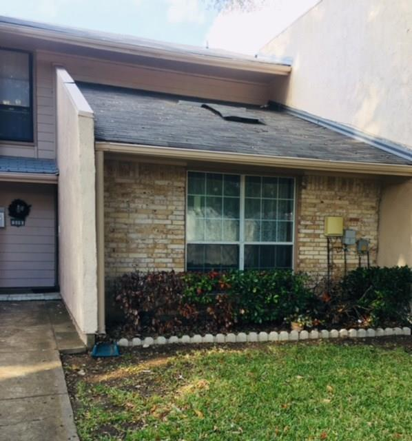 319 Valley Park Drive, Garland, TX 75043 (MLS #13730458) :: Kindle Realty