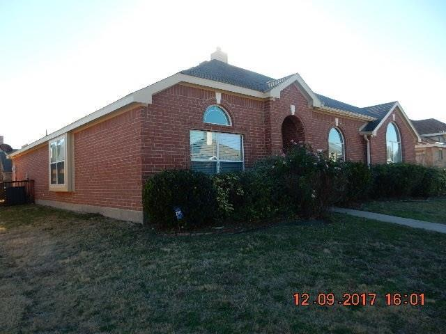 1122 Hayworth Avenue, Duncanville, TX 75137 (MLS #13730523) :: RE/MAX Preferred Associates