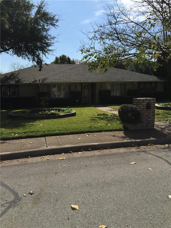 938 Green Ridge Drive, Duncanville, TX 75137 (MLS #13731738) :: Kimberly Davis & Associates