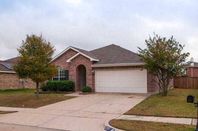 3247 Torio, Grand Prairie, TX 75054 (MLS #13732707) :: The FIRE Group at Keller Williams