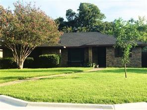 1123 Lopo Road, Flower Mound, TX 75028 (MLS #13732900) :: Team Tiller