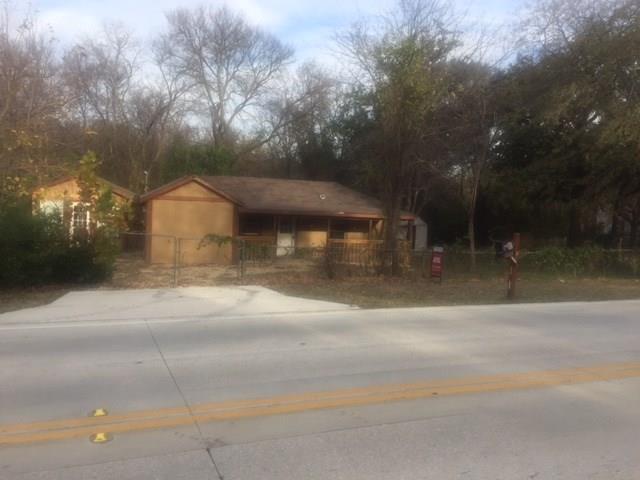 617 Main Street, Lake Dallas, TX 75065 (MLS #13733517) :: Van Poole Properties