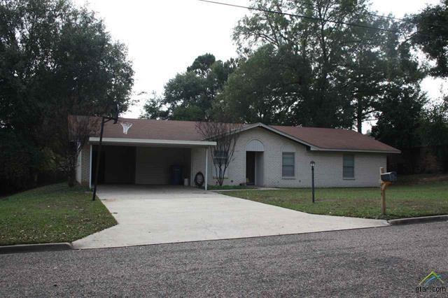 404 Hickory, Mount Pleasant, TX 75455 (MLS #13734441) :: Team Hodnett