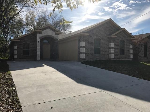2217 Beaumont Street, Grand Prairie, TX 75051 (MLS #13734482) :: Kimberly Davis & Associates
