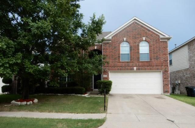 3524 Aldersyde Drive, Fort Worth, TX 76244 (MLS #13734659) :: The Rhodes Team